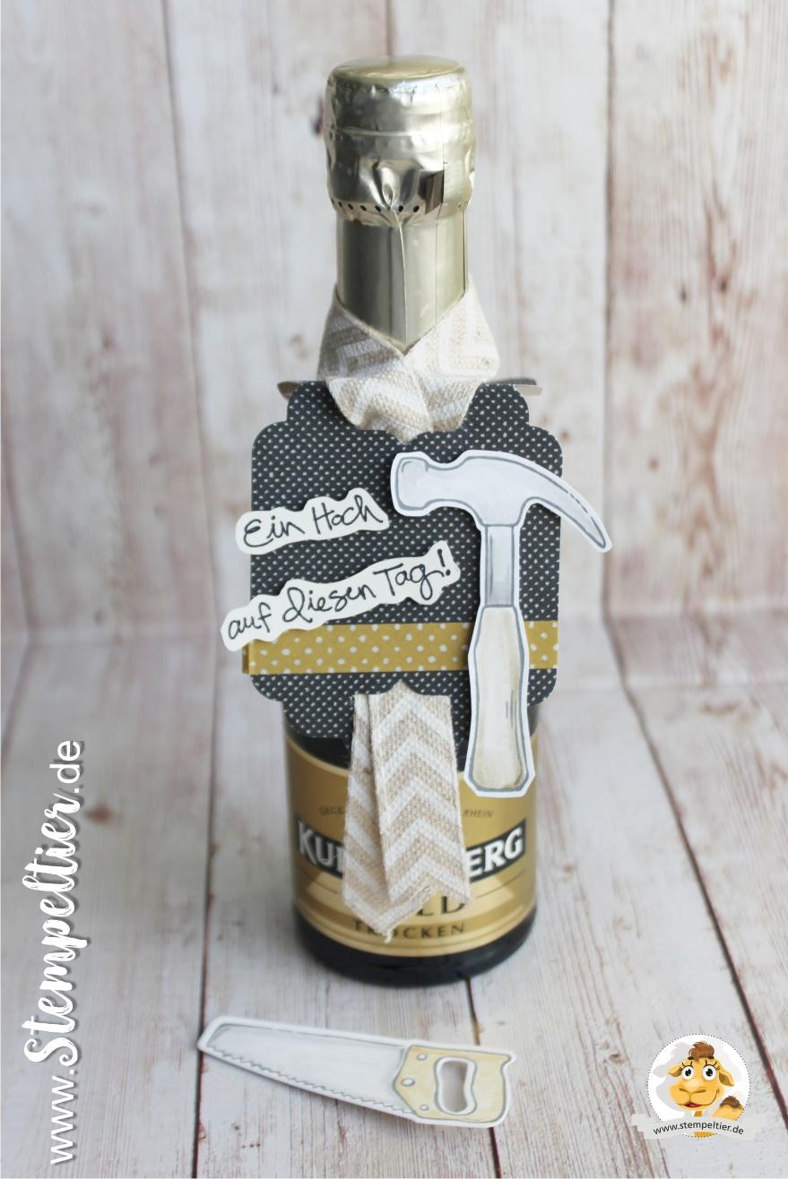 stampin up build it framelits hammer werkzeugkasten richtfest geschenk cheerful tags geniale grüsse stempeltier flaschenanhänger