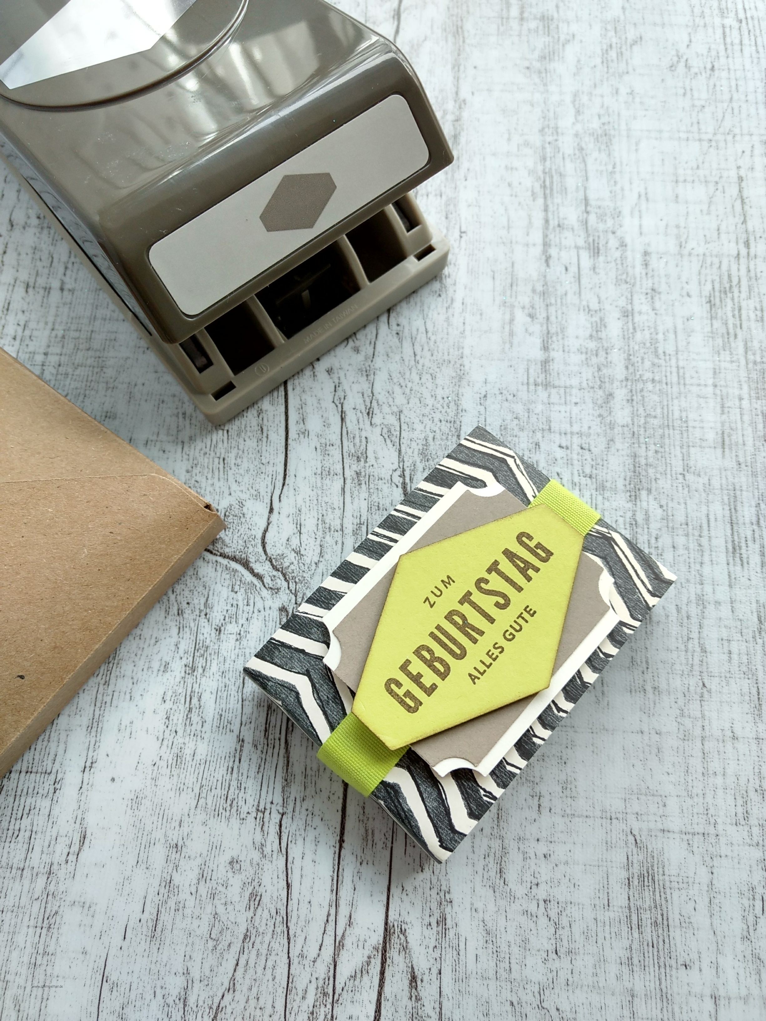 stampin up anhänger nach maß handstanze truly tailored tag punch everyday label