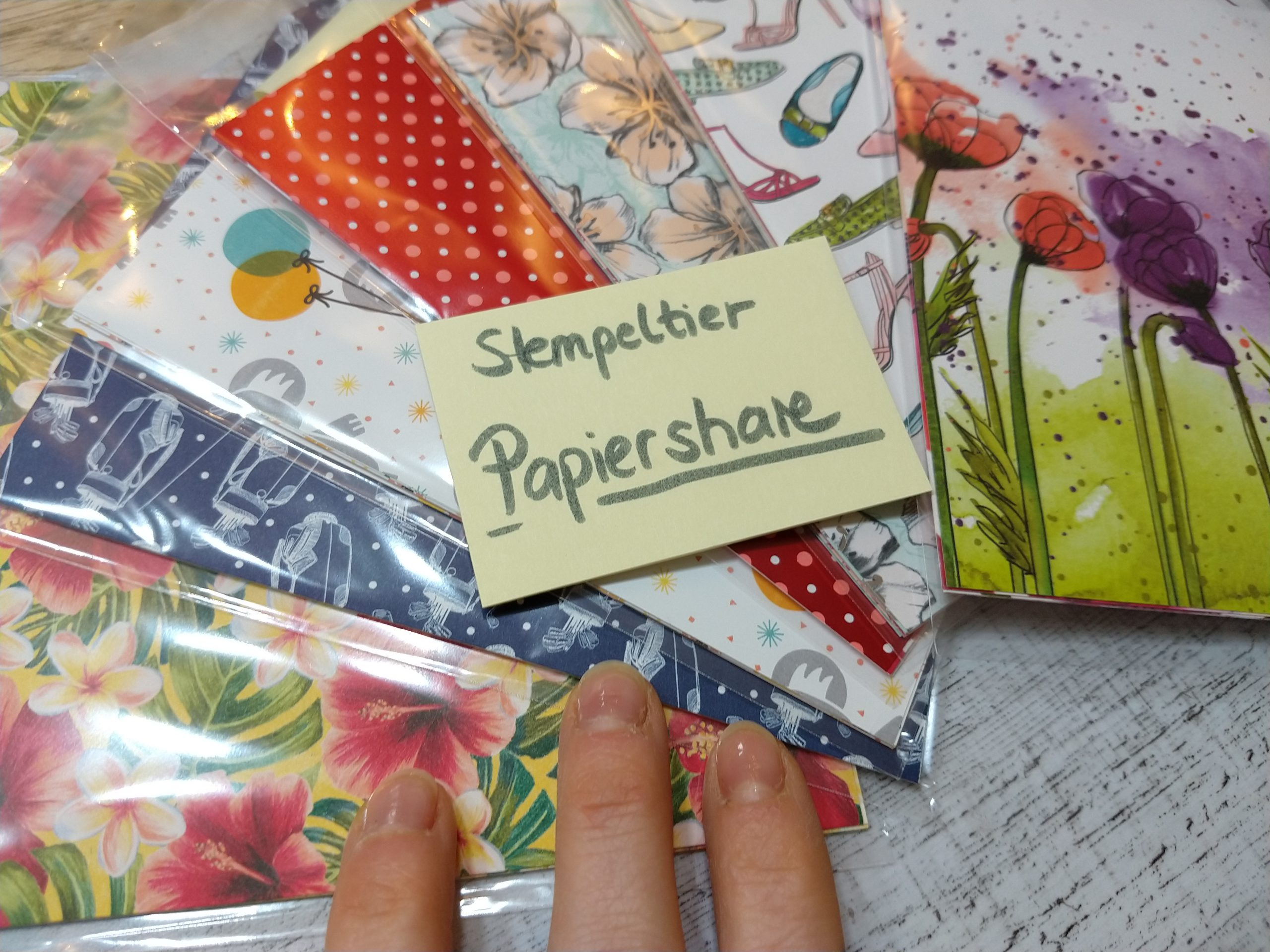 papershare-stampin-up-2020-Papiershare-stempeltier-minikatalog-frühling